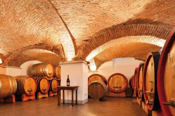 nervi_cantine 2 wijnkelder kelder Gattinara Italië
