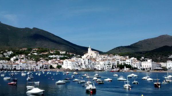 Cadaques Spanje strand boten