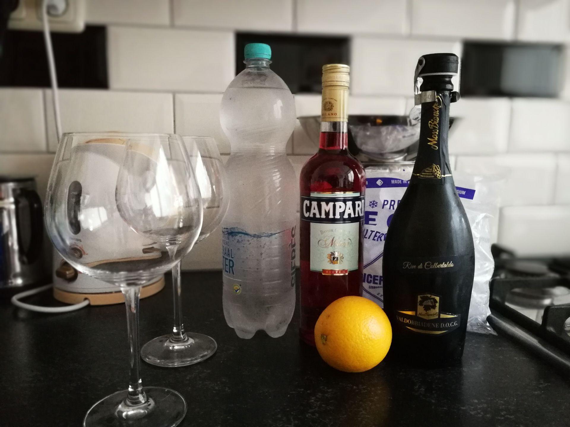 Ingrediënten Campari Spritz Prosecco sinaasappel koolzuurhoudend water recept