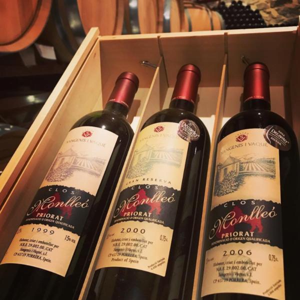 Houten kistje wijn Priorat relatiegeschenken cadeaus